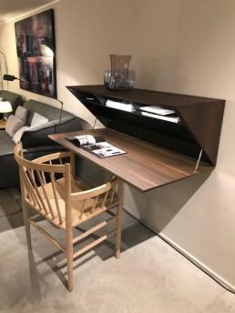 Bureau Segretto - Molteni - Design Ron Gilad
