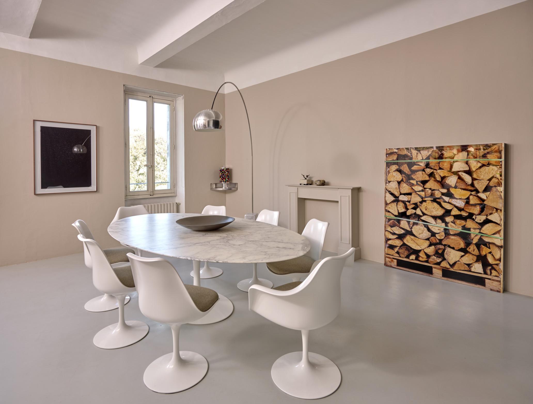 table Tulip Knoll International - Bel Oeil Nice Cannes Monaco - lampe Arco Flos
