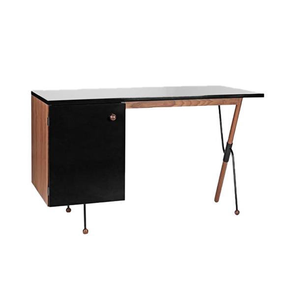 Desk 62 – GUBI